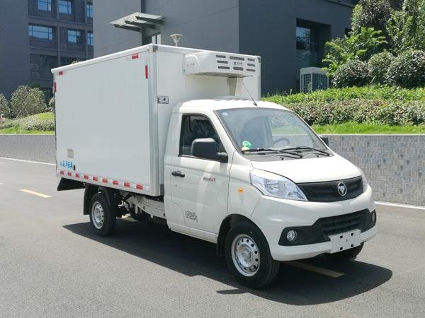程力威牌CLW5030XLCB6型冷藏车
